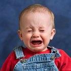 ¿Cuánto tiempo se debe mantener despierto a un niño después de un golpe en la cabeza?