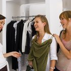 How to Write a Retail Clothing Store Employee Handbook
