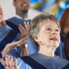 Cómo dirigir un coro por medio de gestos con las manos