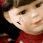 Cómo reparar una muñeca antigua