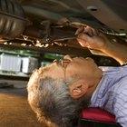 ¿Qué problemas puede provocar una varilla suelta dentro de la barra estabilizadora de un vehículo?