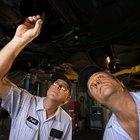 Cómo arreglar el embrague de un Hyundai Accent