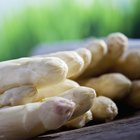How to Roast White Asparagus