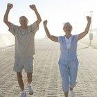 ¿Cuántas calorías quemo si practico caminata rápida 11 kilómetros?