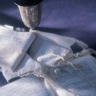 Prayer Shawls at Jewish Weddings