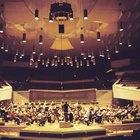 Ubicación de los instrumentos de orquesta en un escenario