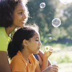 Cómo hacer líquido para burbujas casero