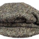 Cómo vestir una falda de colegiala de tweed gris
