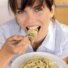 Cómo hacer salsa blanca de espaguetis italiana