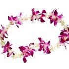 ¿Cómo puedo hacer un collar de flores hawaiano con papel de seda?