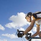 Cómo cambiar de velocidad una bicicleta sobre una colina