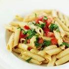 Cómo agregar proteínas a una comida de pastas