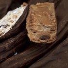 Nutrition in Carob Vs. Chocolate