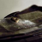 Get Mold Out of Leather Purses