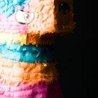 Cómo hacer una piñata temática de Campanita