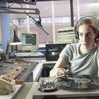 Salario inicial de un locutor de radio en EE.UU.