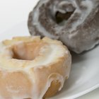 Make Glaze for Donuts With Milk & Sugar