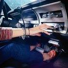 Extrae la radio de un Ford Escort