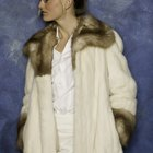 How to Clean a White Fox Fur Coat