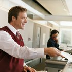How to Become an Airline Ticket Agent