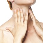 Los signos y síntomas de cáncer de garganta en las mujeres