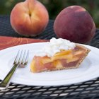How to Make Peach Pie