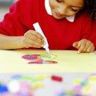 Cómo crear collage con trozos de papel y arte fino sobre mosaico