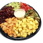 How to Make a Fruit Tray for a Wedding