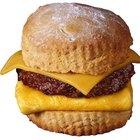 ¿Cuánta grasa saturada debería consumir por día?