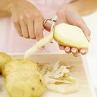 How Long Can Raw Potatoes Be Kept in Water Before Cooking?