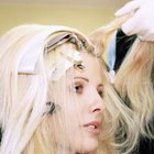 How to Get Peroxide Out of Hair