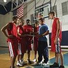 ¿Cuál es el número de jugadores permitidos en una cancha de baloncesto?