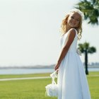 Gift Ideas for a Bride From a Flower Girl