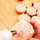 Make Fresh Strawberry Frosting for Cupcakes