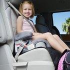 Cómo replegar los asientos de la cabina trasera en un Chevrolet Silverado
