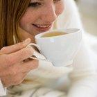 ¿Cuántos carbohidratos hay en un vaso de té de 6 onzas?