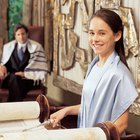 What Is the Proper Attire for a Bat Mitzvah?