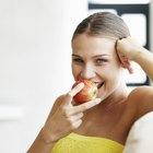 Si peso 110 kilos, ¿cuántas calorías debo comer al día para perder peso?