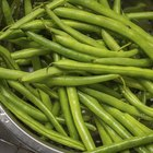 Nutritional Value of Sugar Snap Peas & Green Beans