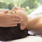 What Are the Manipulations for a Facial Massage?