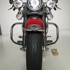 Cómo comprobar la alineación de una motocicleta