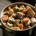 How to Thicken Stew With Flour