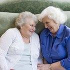 Ejercicios grupales en un geriátrico