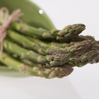 Alimentos que producen olor en la orina