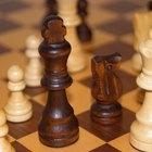 ¿Cómo jugar una apertura inglesa de ajedrez?