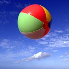 Cómo pintar sobre pelotas de plástico
