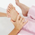 Cómo limpiar el hígado a través de reflexología en el pie