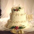 Cómo determinar el tamaño para un pastel de bodas
