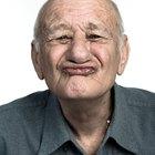 ¿Qué tipos de especialistas médicos tratan a los ancianos?