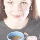 ¿La cocoa en polvo contiene cafeína?